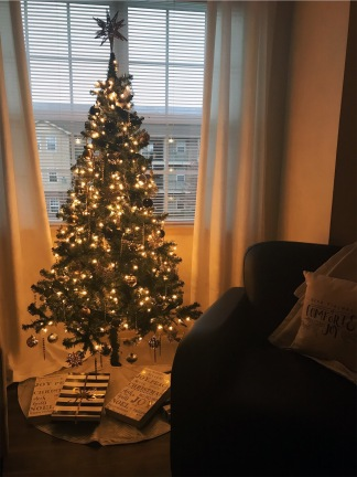 Living Room Tree Night (Use This One)